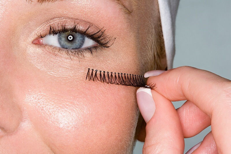 What Can I Use Instead Of Eyelash Glue?