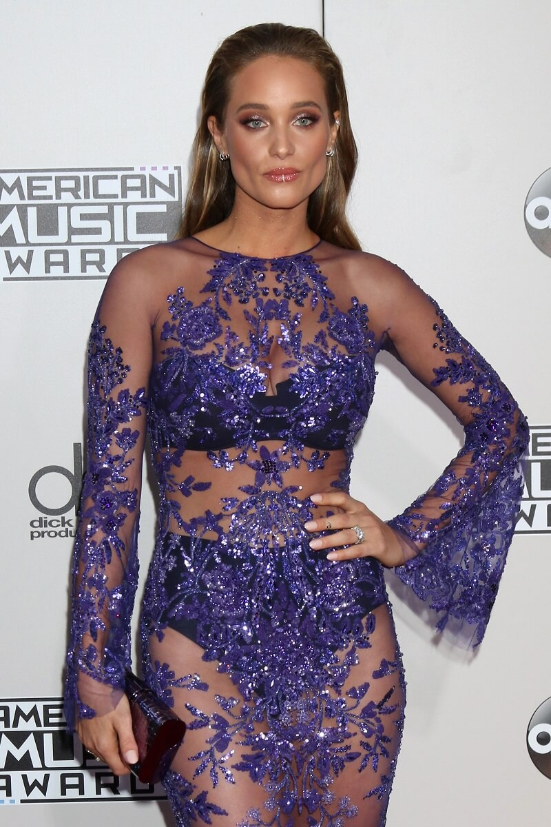 Hannah Davis Jeter at the 2016 American Music Awards at Microsoft Theater on November 20, 2016 in Los Angeles, CA